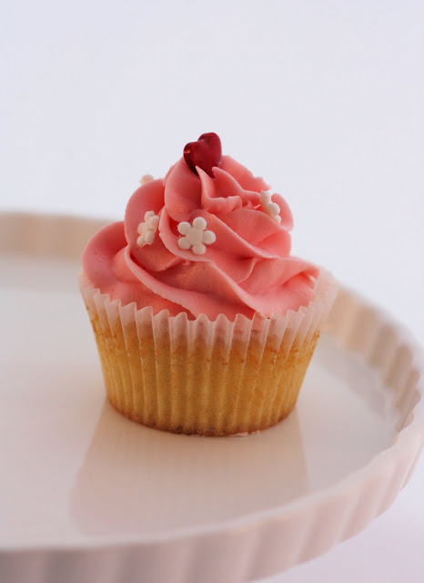 Stunning Swirls - A Spoonful of Sugar