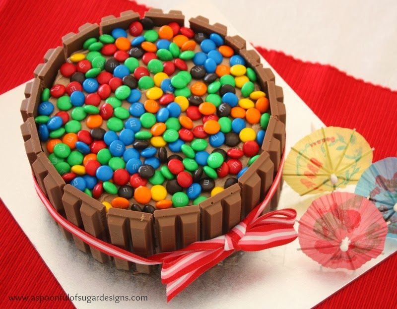 Cake Design Kit Kat : Kit Kat Birthday Cake - A Spoonful of Sugar