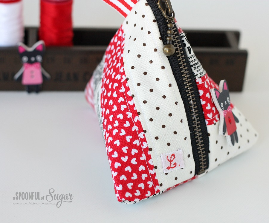 Triangle Coin Pouch - Make an easy patchwork triangle pouch with our sewing tutorial - A Spoonful of Sugar
