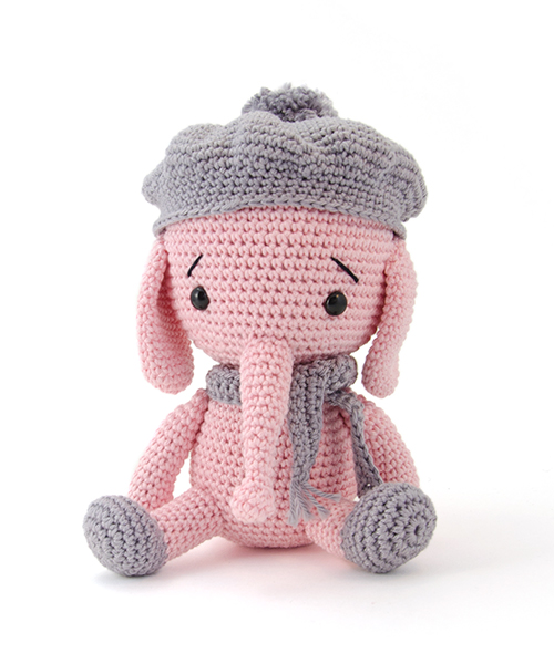 Zoomigurumi 4 is a sweet collection of 15 Cute Amigurumi Patterns