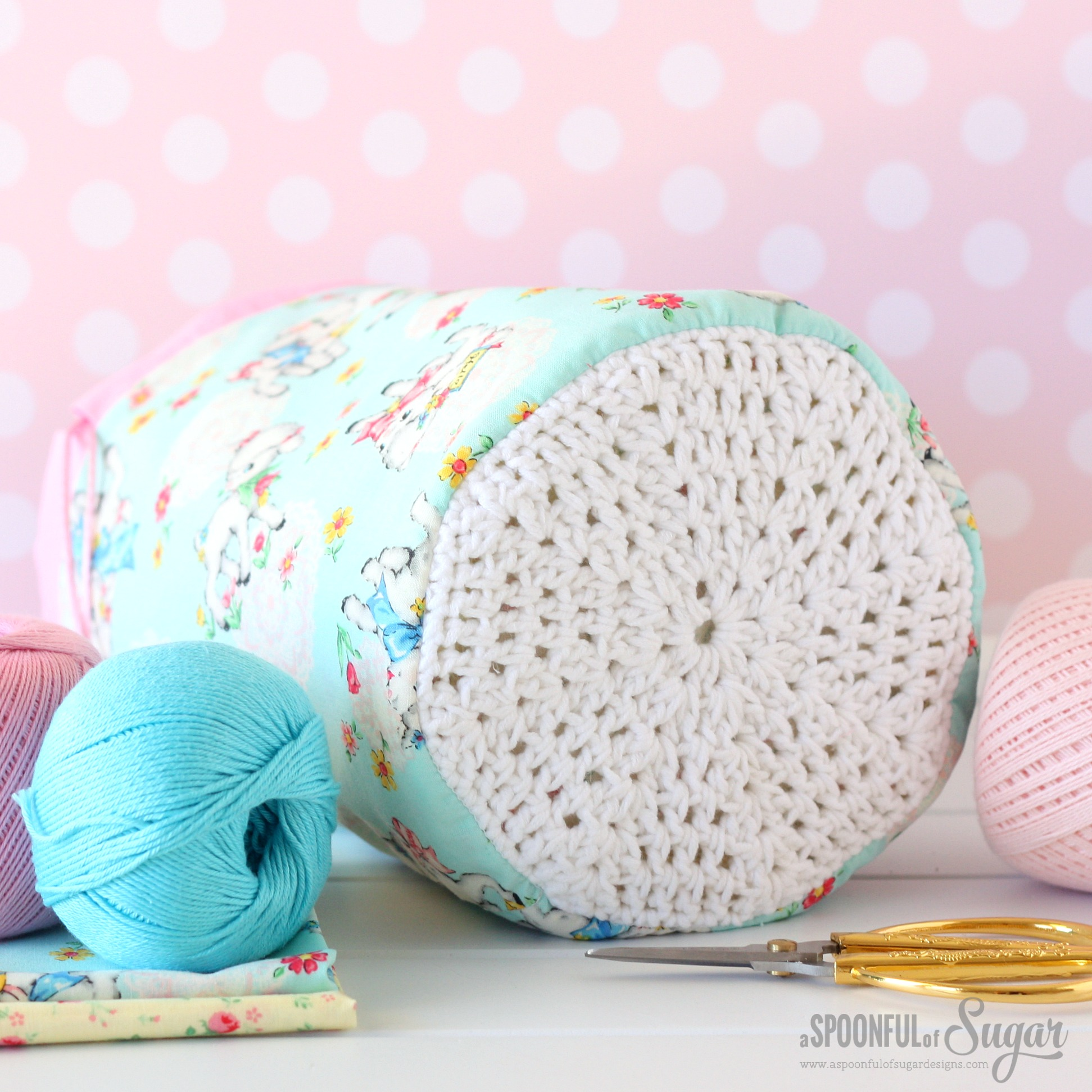 Zakka Dilly Bag from A Spoonful of Sugar: Sew 20 Simple Projects to Sweeten your Surroundings Zakka Style by Lisa Cox