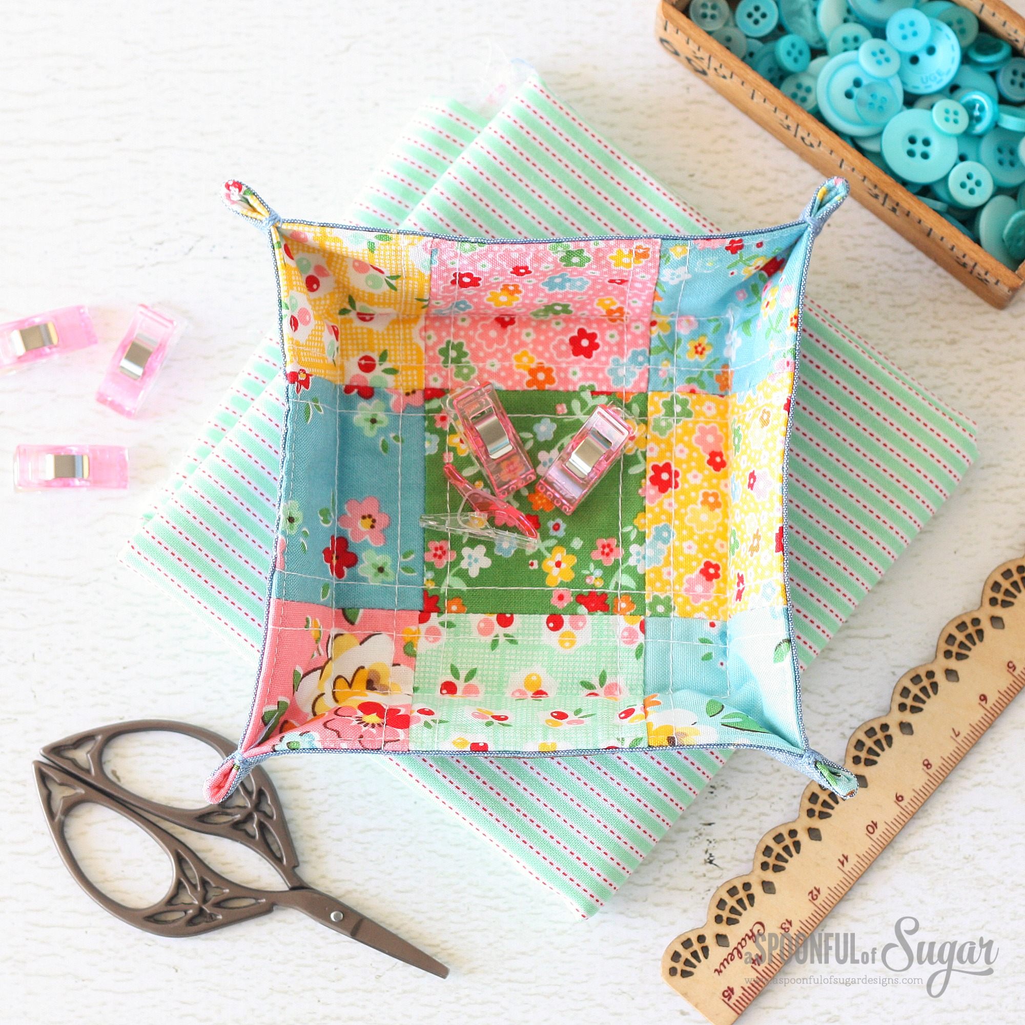 Patchwork Fabric Tray made using Backyard Roses fabric