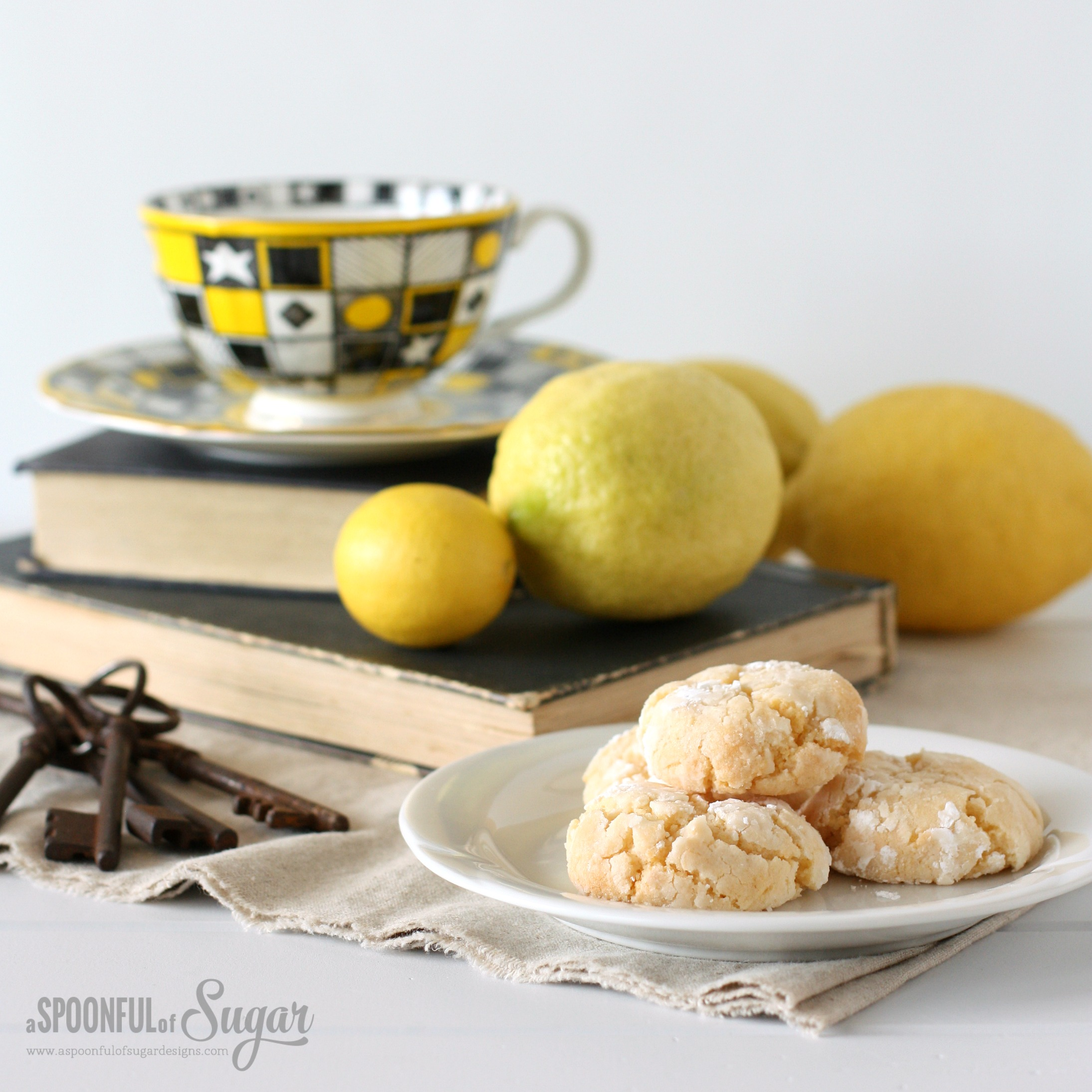 Easy Lemon Crinkle Cookie