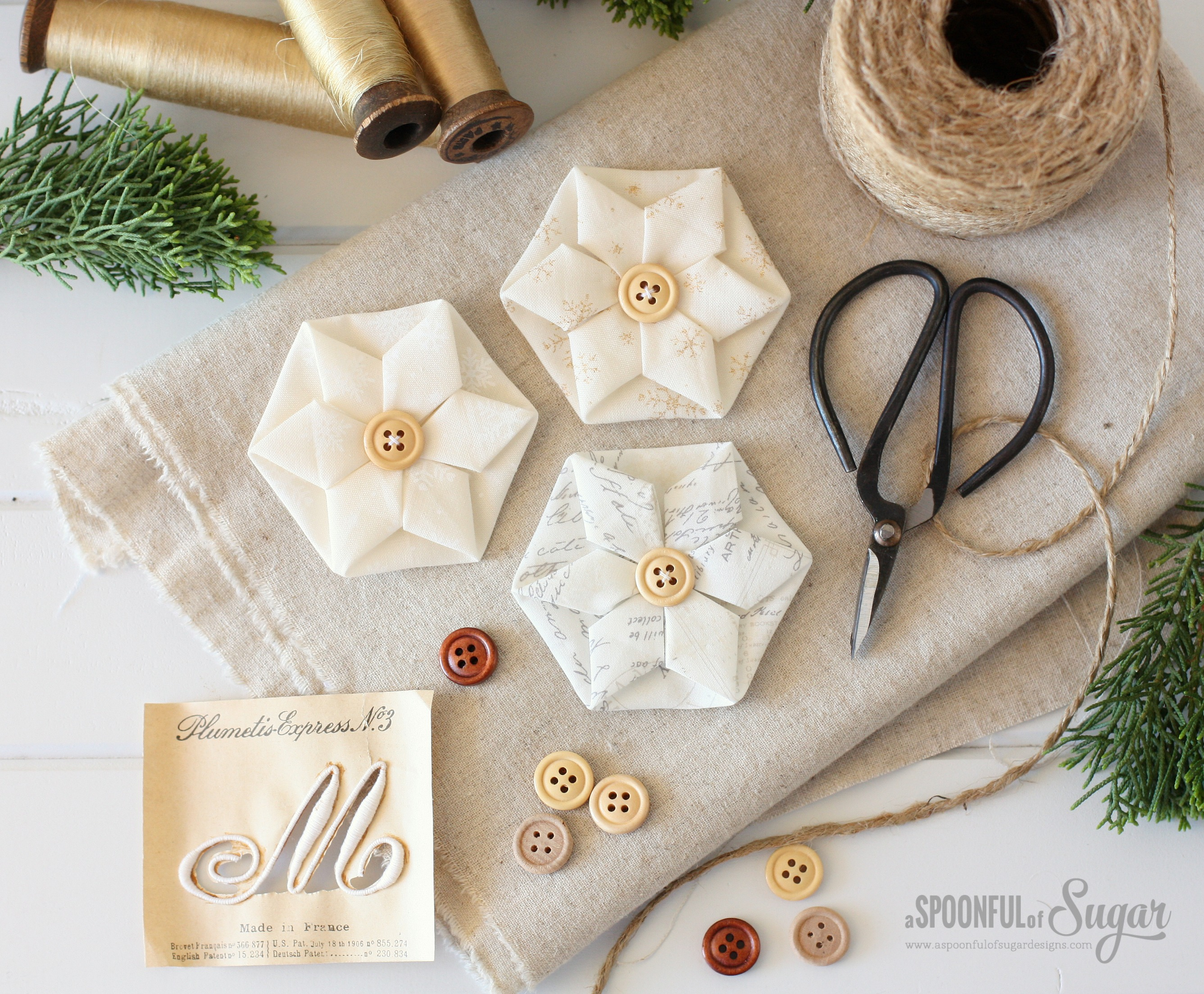 Folded Hexagon Ornament - Top Sewing Tutorials from 2016 - A Spoonful of Sugar - www.aspoonfulofsugardesigns.com