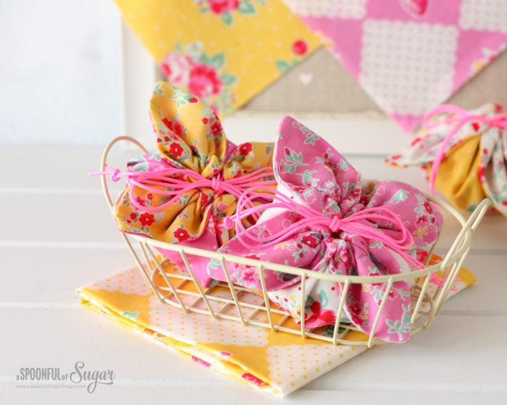 Flower Sugar Pouches by A Spoonful of Sugar