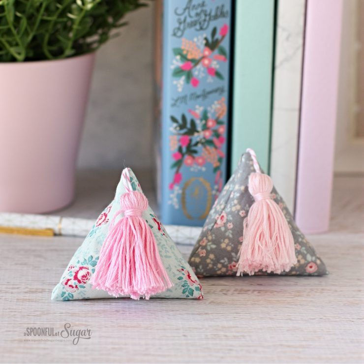 Pyramid Weight sewing tutorial by A Spoonful of Sugar
