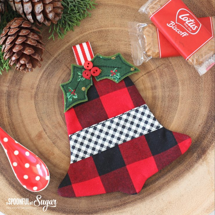 Jingle Bell Coaster PDF Pattern by A Spoonful of Sugar Designs. This one is made in Farmhouse style.