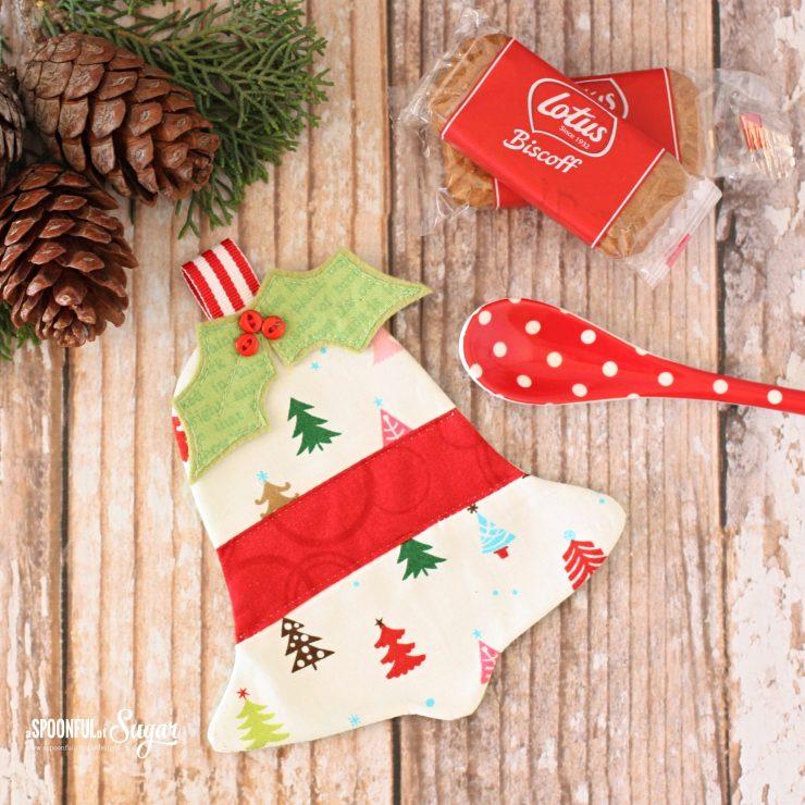 Jingle Bell Christmas Coasters PDF Sewing Pattern by www.aspoonfulofsugardesigns.com
