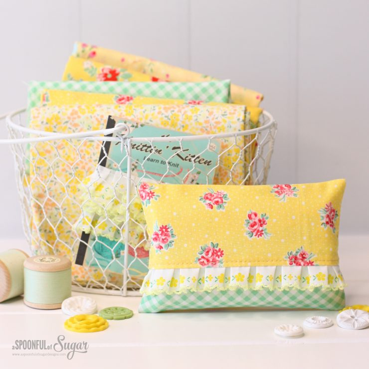Pretty Tissue Cosy by A Spoonful of Sugar Designs. (free sewing tutorial)